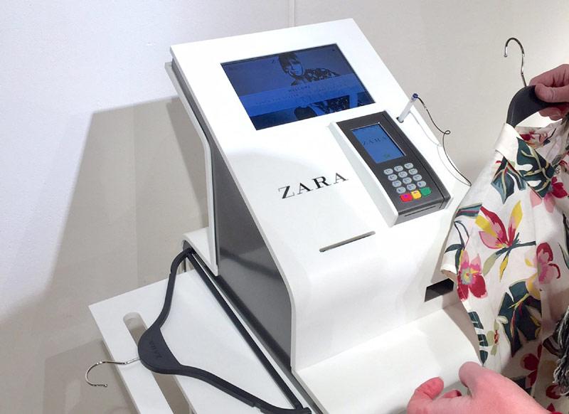 Автоматические кассы Self-Checkout в магазинах Zara