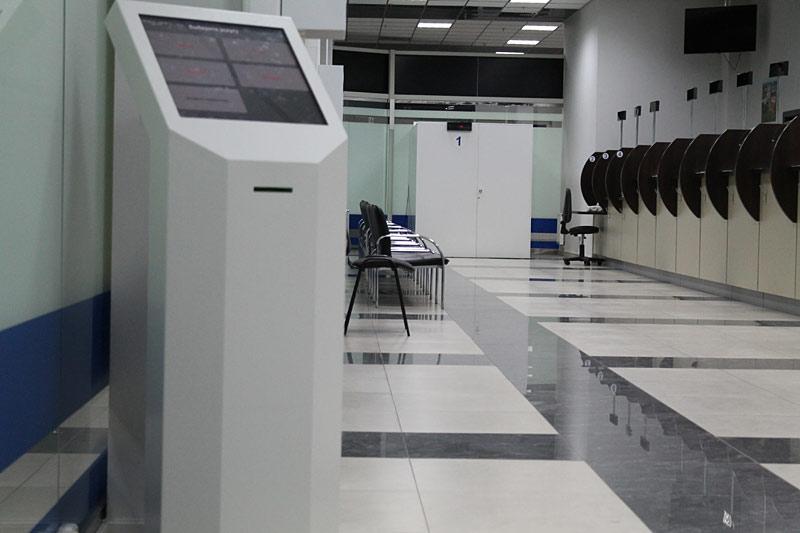 TouchPlat оснастила визовые центры системами электронной очереди