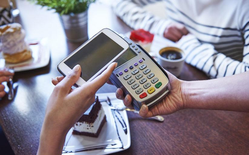 Платежное решение «Pay-at-the-Table» от Ingenico в сети пиццерий Uncle Oogie