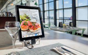 42% посетителей ресторанов предпочитают заказ через киоски самообслуживания