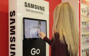 Samsung устанавливает терминалы самообслуживания для омниканальных продаж