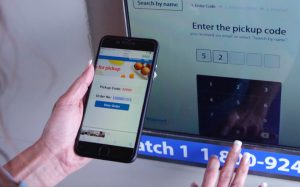 Walmart тестирует гигантский киоск самообслуживания для выдачи онлайн-заказов