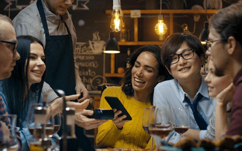 Туристы выбирают цифровые платежи