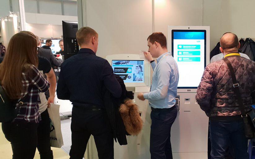 Решения Soft-logic и arMax представлены на VendExpo на терминалах TouchPlat
