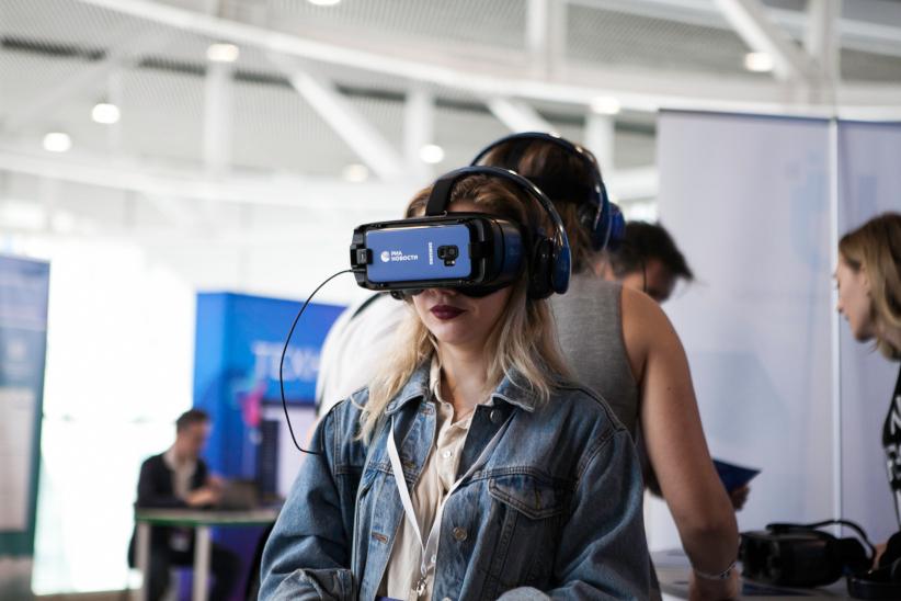 проекты разработки «РИА Новости» в форматах виртуальной (VR) и дополненной (AR) реальности на Russian Tech Week