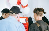МТС сокращает сеть салонов и устанавливает симкоматы