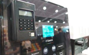 Решения Кит Вендинг для безналичной оплаты в кофейных автоматах