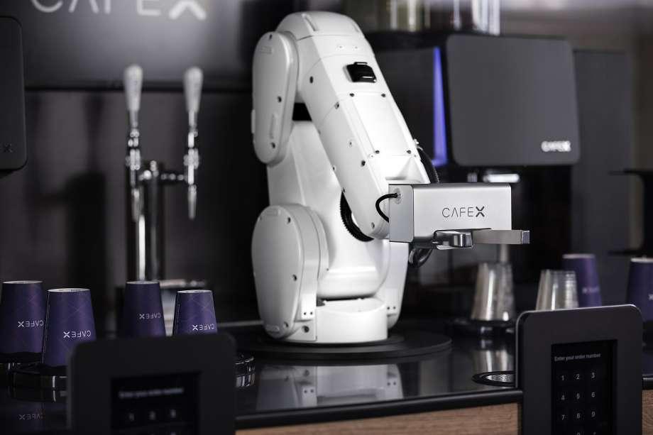 Автоматический бар Café X в аэропорту Сан-Хосе
